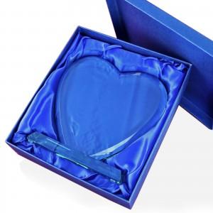 prezent dla nowożeńców z grawerem