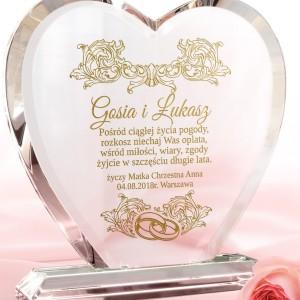 szklana statuetka z grawerem dla nowożeńców