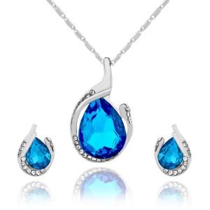 komplet biżuterii naszyjnik i kolczyki na prezent dla dziewczyny