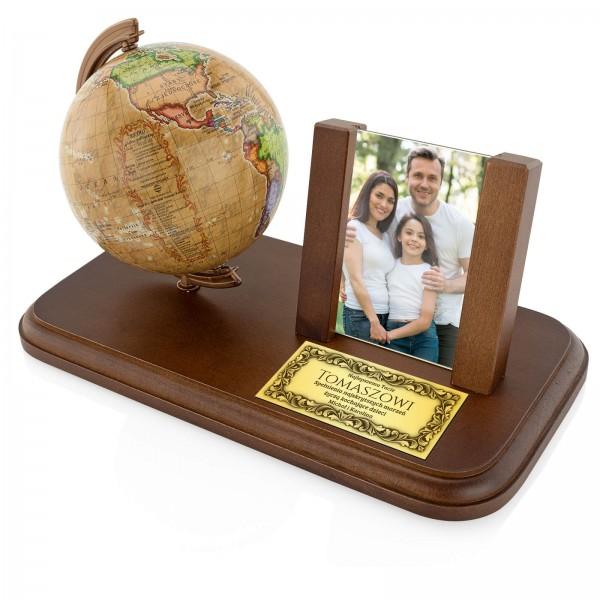 globus i ramka na zdjęcie dla taty