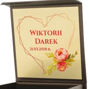 pudełko biżuteryjne z nadrukiem dedykacji na prezent na walentynki