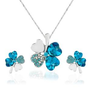 zestaw biżuterii na prezent