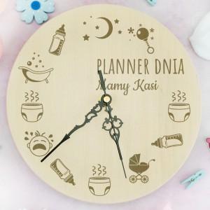 śmieszny prezent dla młodej mamy drewniany zegar z grawerem personalizacji