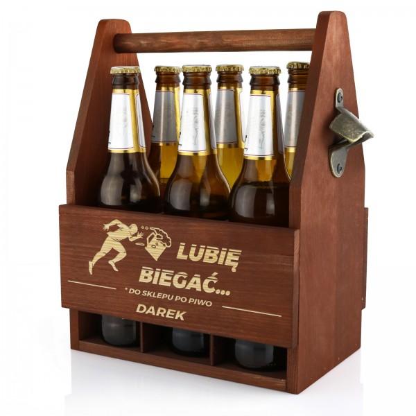 drewniana skrzynka na piwo z otwieraczem i grawerem na prezent dla kolegi na urodziny