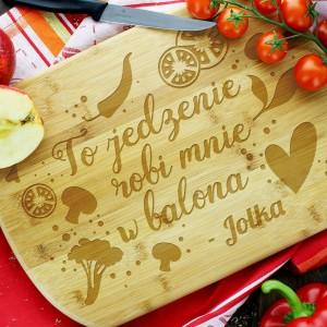 grawerowana deska kuchenna z imieniem na prezent dla przyjaciółki