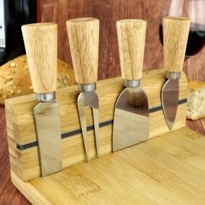 pomysł na prezent dla męża deska z akcesoriami do serów z grawerem