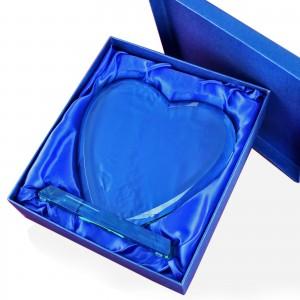 trofeum szklane serce z personalizacją na prezent z okazji emerytury