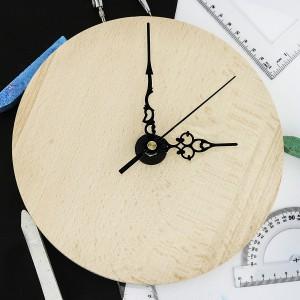prezent na dzień nauczyciela drewniany zegar z personalizacją