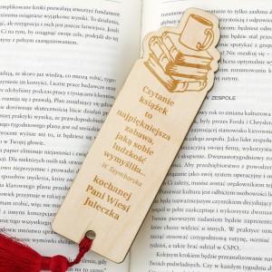 prezent dla nauczycielki drewniana zakładka do książki z dedykacją