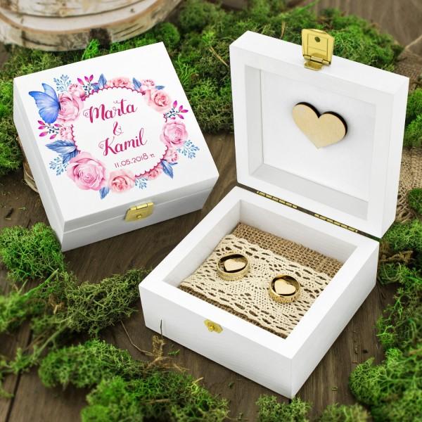 pudełko na obrączki drewniane z personalizacją wianek róż