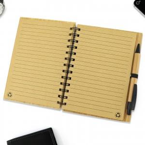 drewniany notatnik w linie na prezent