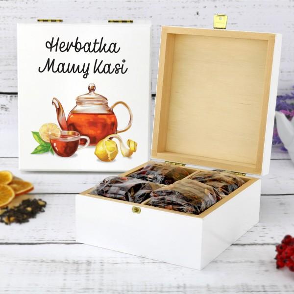 zestaw herbat w drewnianej skrzynce z nadrukiem herbatka mamy