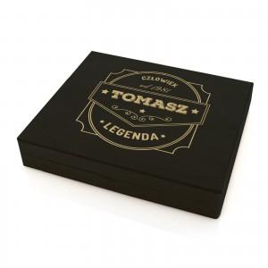 drewniane pudełko prezentowe z grawerem człowiek legenda