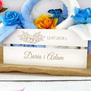 ręczniki ślubne łabędzie w białej skrzynce z personalizacją