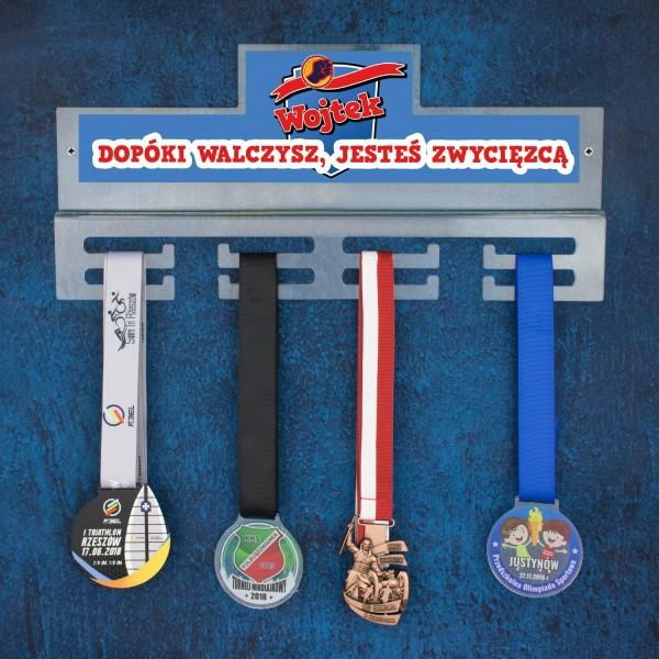 wieszak medalówka z imieniem zwycięzca na prezent dla sportowca