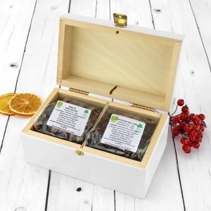 zestaw herbat w drewnianej skrzynce na prezent na dzień babci