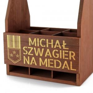 skrzynka na piwo z grawerem szwagier na medal