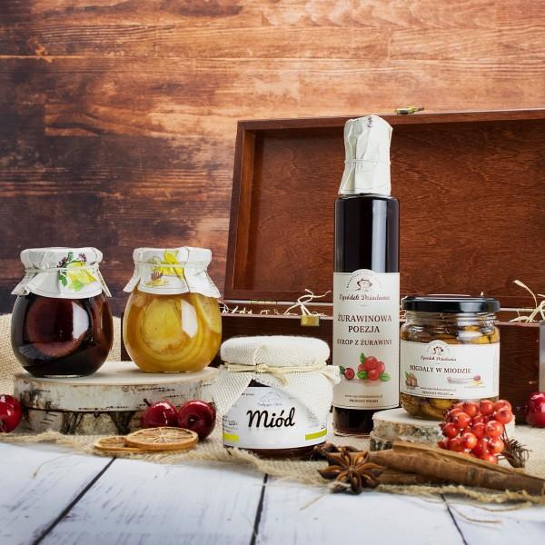 zestaw prezentowy w drewnianej skrzynce na prezent dla niej cytrynowa słodycz