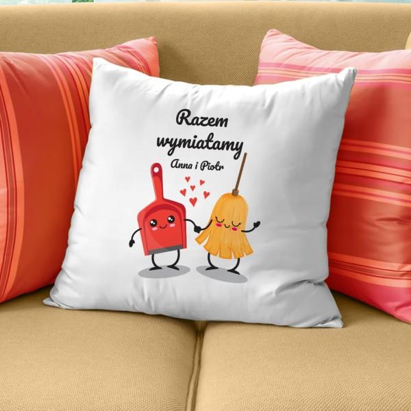 pomysł na prezent dla zakochanych poduszka z nadrukiem Wymiatamy