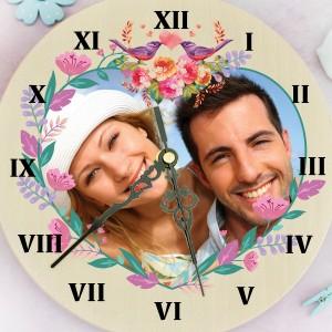 zegar z nadrukiem zdjęcia Kwiatowe Serce na prezent dla niej