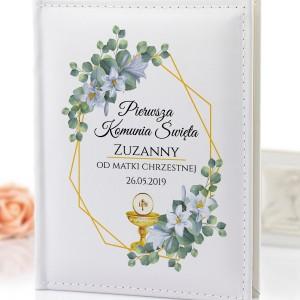 album z personalizacją na komunię kwiaty