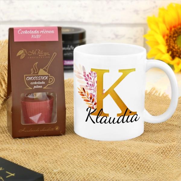 kubek z nadrukiem i rubinowa czekolada pitna