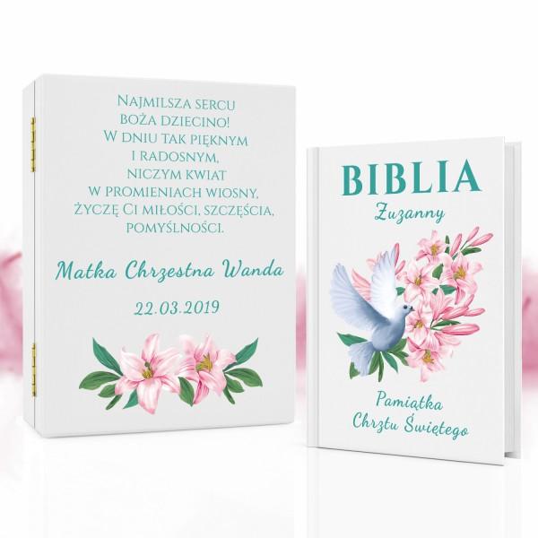 pamiątka chrztu biblia w drewnianym pudełku z personalizacją