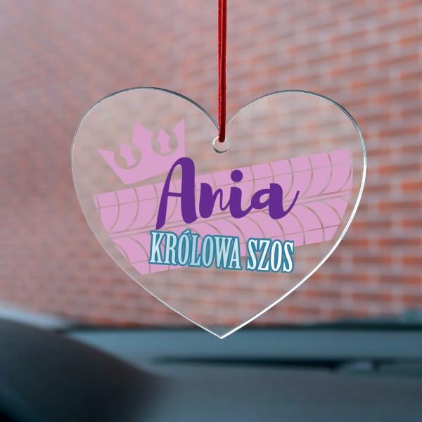 zawieszka do auta z imieniem na prezent dla dziewczyny