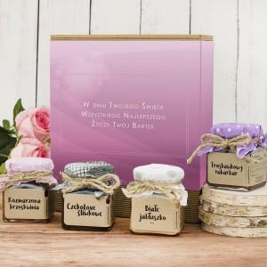 naturalne konfitury w pudełku z dedykacją na prezent dla niej