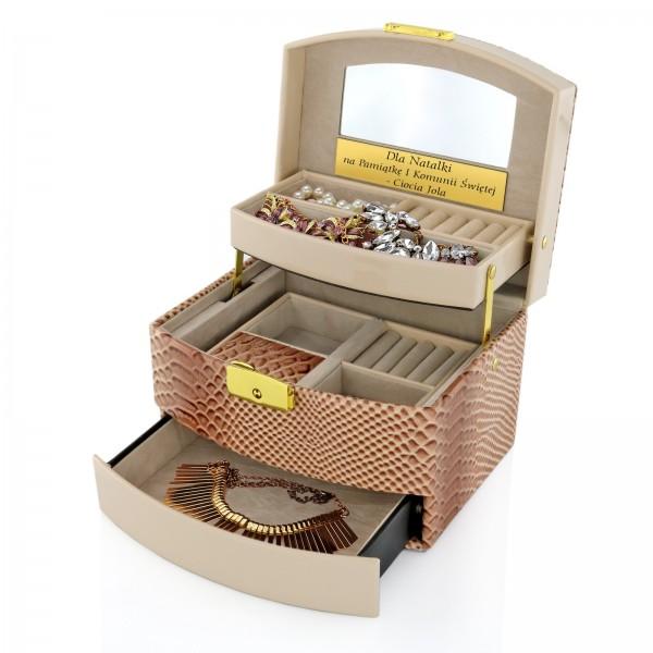 kuferek na biżuterię z lusterkiem w dedykacją na pamiątkę komunii