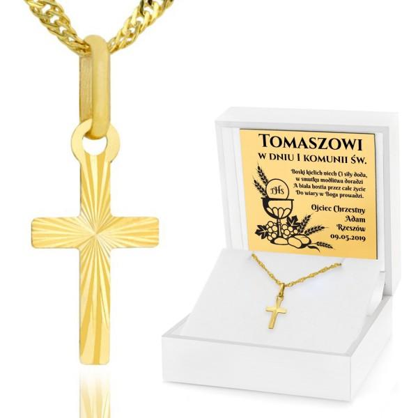 złoty krzyżyk w pudełku z grawerem