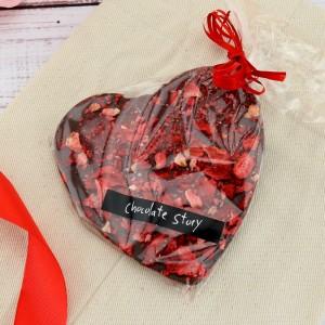 czekolada serce z truskawkami na upominek dla mamy