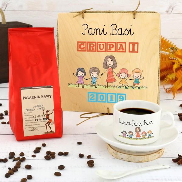 filiżanka z nadrukiem w kawa w pudełku na prezent dla wychowawczyni