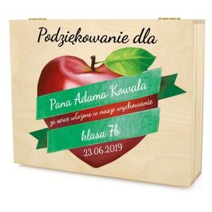 podziękowanie dla wychowawcy drewniana skrzynka z dedykacją jabłkowe serce