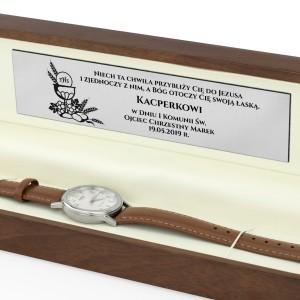 zegarek casio w pudełku z grawerem na prezent na komunię