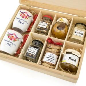 prezenty dla rodziców od pary młodej zestaw herbaciany z kubkami z nadrukiem