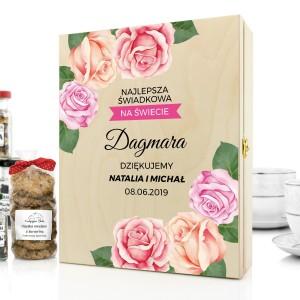 pudełko dla świadkowej z dedykacją kwiaty róż