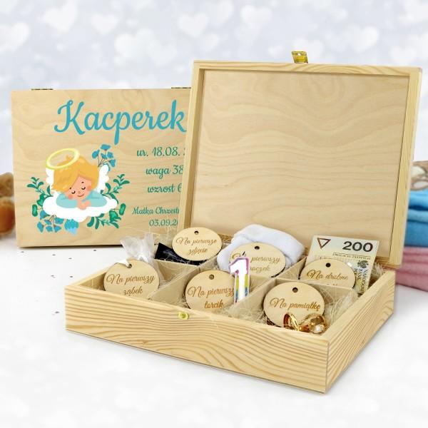 pudełko wspomnień dla chłopca z nadrukiem na prezent na chrzest aniołek z metryczką