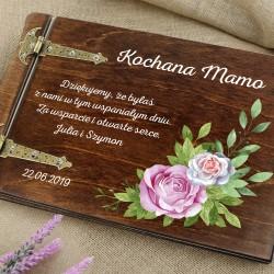 prezent dla mamy drewniany album na zdjęcia z nadrukiem róże