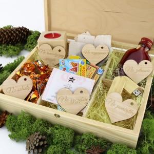 prezent na rocznicę ślubu dla rodziców drewniana skrzynka upominkowa