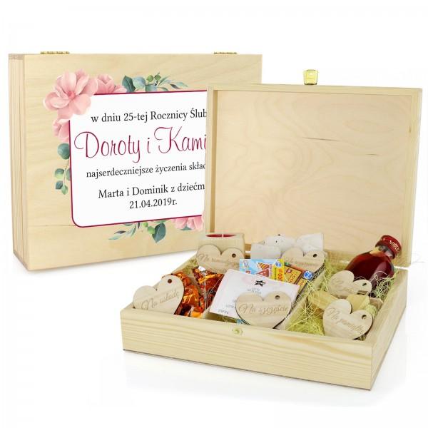pudełko upominkowe z dedykacją magnolie na prezent na rocznicę ślubu