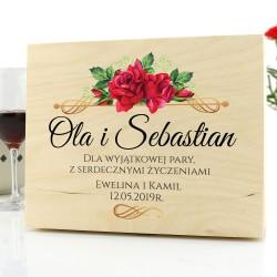 szkatułka prezentowa dla nowożeńców z dedykacją czerwone róże