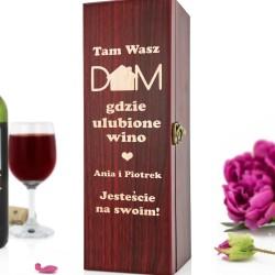 skrzynka na wino z grawerem dom na prezent na parapetówkę dla pary