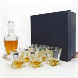 elegancki prezent dla szefa karafka kryształowa z grawerem i szklankami