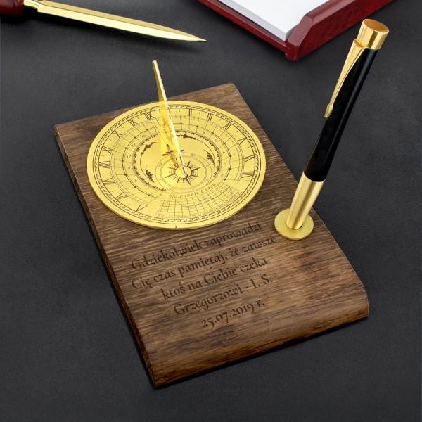 zegar słoneczny z grawerem na prezent dla mężczyzny