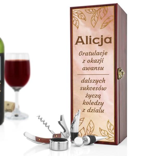 personalizowana skrzynka na wino na gratulacje z okazji awansu