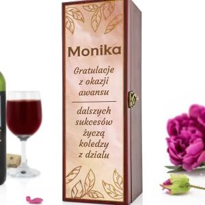 skrzynka na wino z dedykacją na prezent na awans