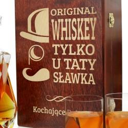 ciekawy prezent dla taty karafka do whisky w pudełku z grawerem