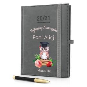 kalendarz nauczyciela z gumką i nadrukiem na prezent na koniec roku
