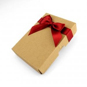 piersiówka na prezent dla taty w eleganckim pudełku